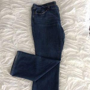 Medium Wash Straight Blue Jean